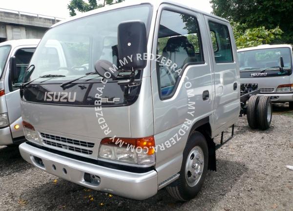 Isuzu NPR Double Cab Chassis