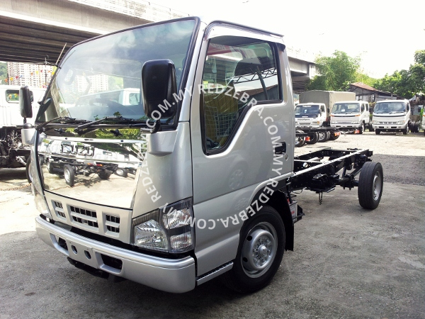 Isuzu NHR Single Cab 13FT 3 ton lorry