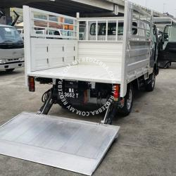 Toyota DYNA LY Double Cabin Steel Cargo With Tail Lift