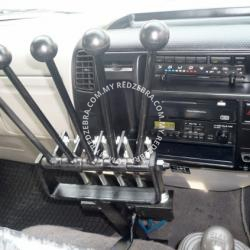 Hino XZU Armroll (Long Wheel Base 3815mm)
