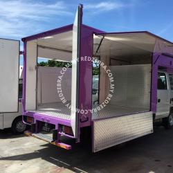 Isuzu - Purple food truck